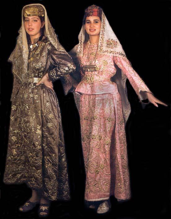 платья на свадьбу свидетельнице